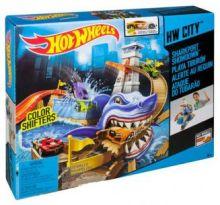 Hot Wheels Набор Атака Акулы ( порт Акул ) BGK04 COLOR SHIFTERS Mattel